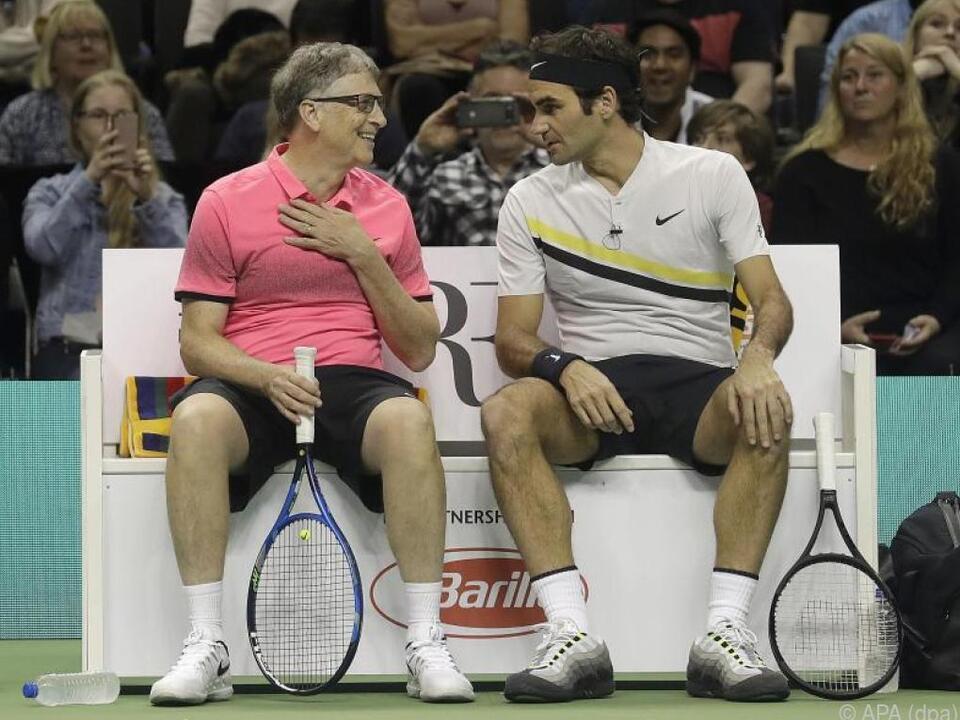 Für den guten Zweck griff Bill Gates zum Tennisschläger