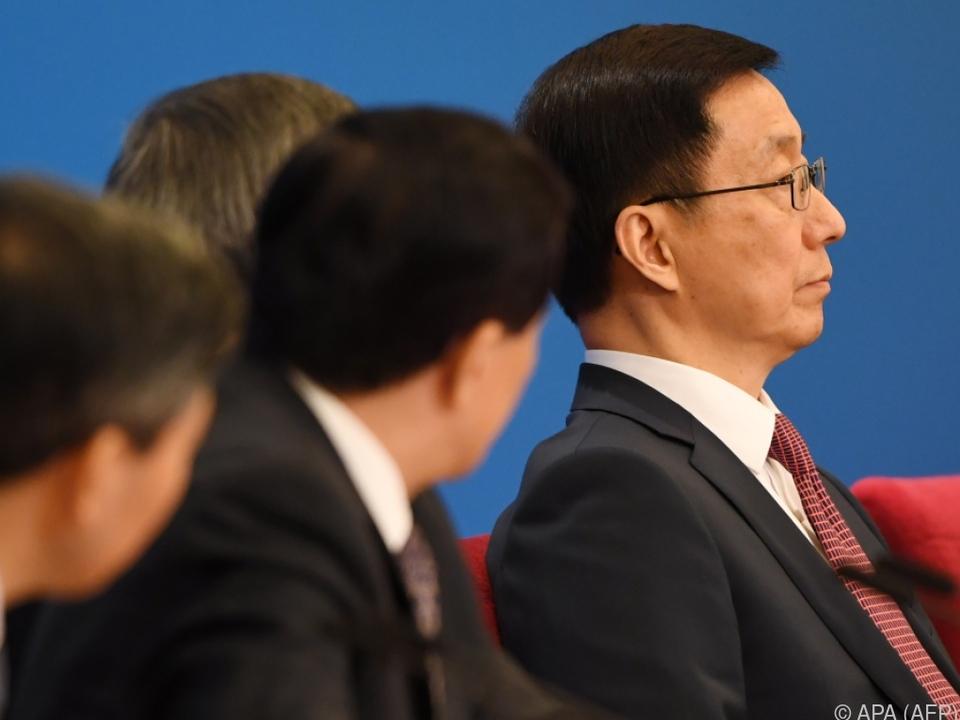 Han Zheng (re.) will, dass sich die Wirtschaft weiter öffnet