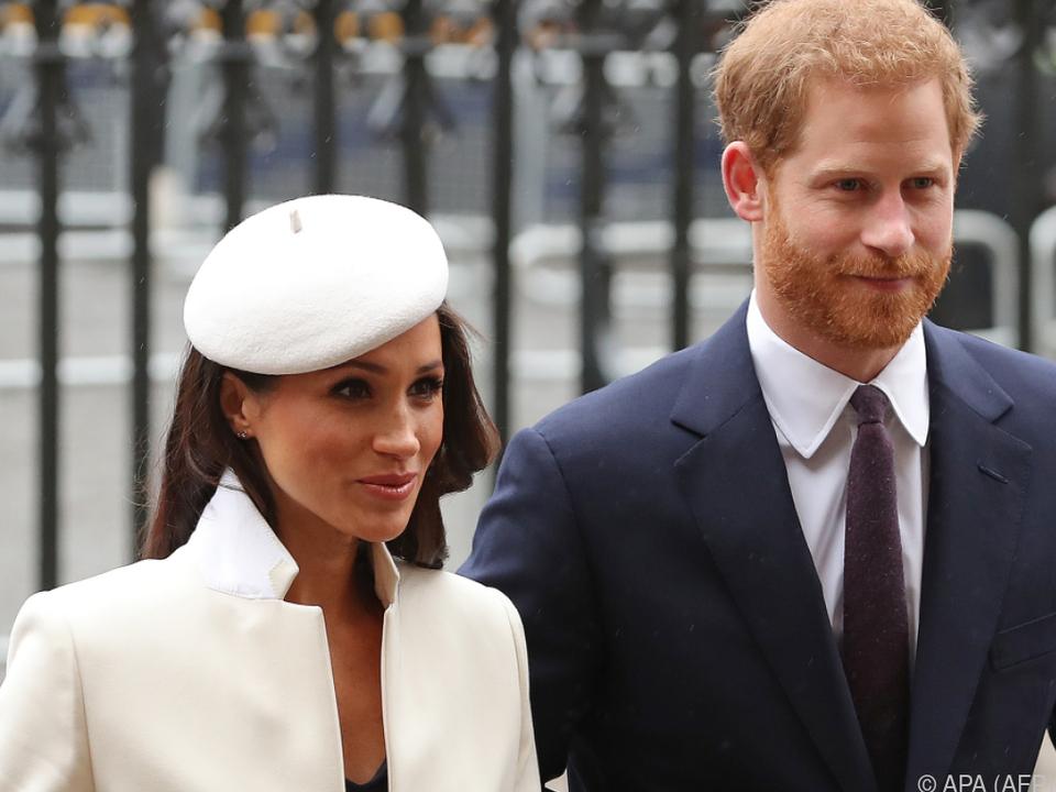 Harry und Meghan legten auch eine Kleiderordnung fest