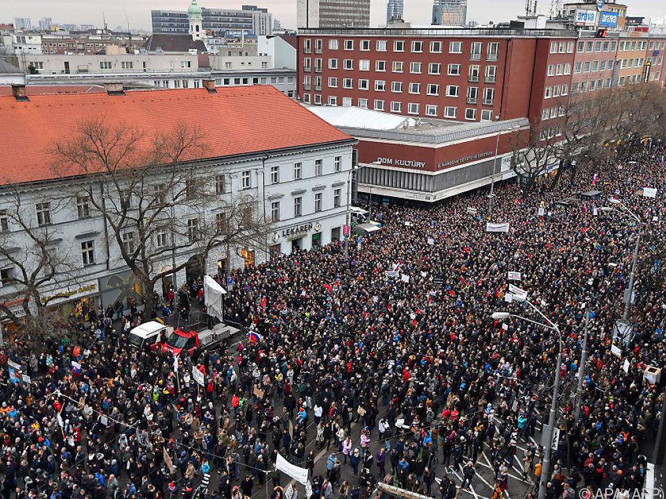 In vielen Städten gingen Menschen auf die Straße