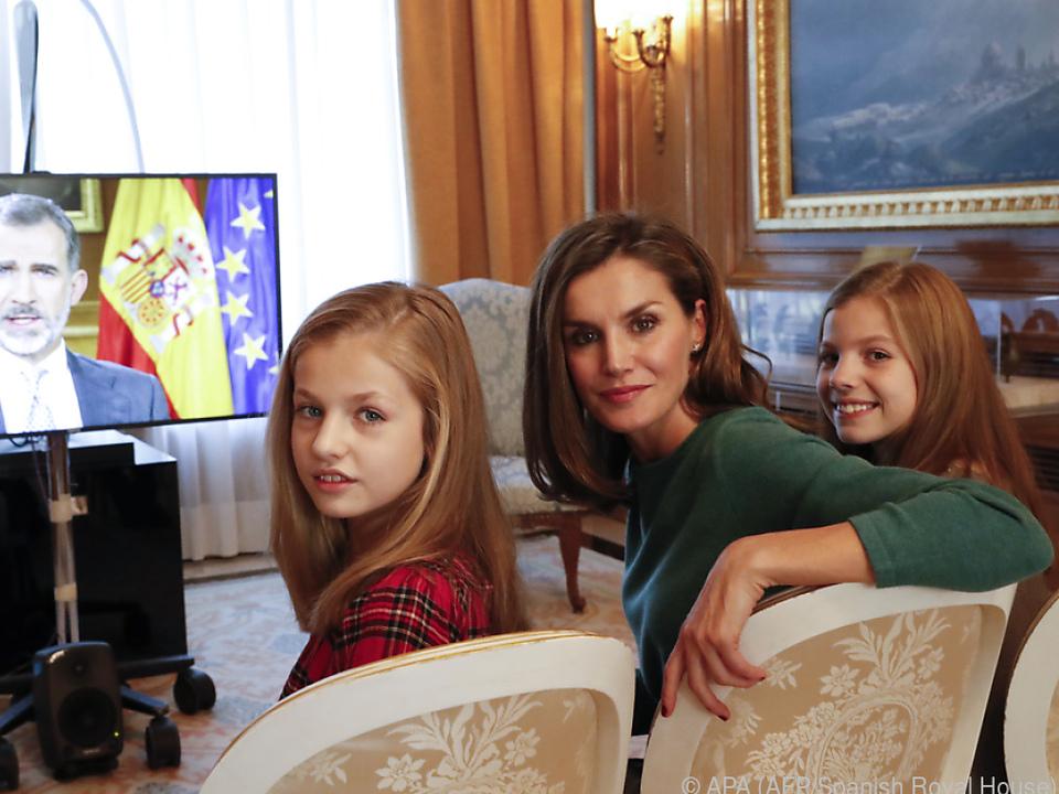 Königin Letizia ist wohl gespannt, was ihr Ex-Mann so schreibt