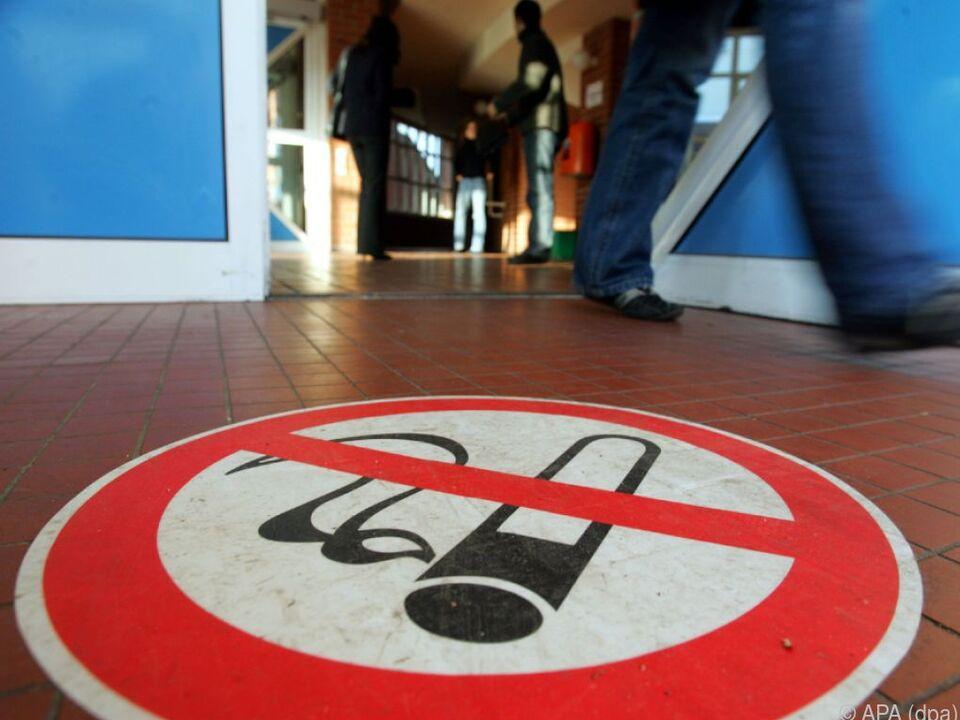Konsequenzen des Abgehens vom Rauchverbot wurden erklärt