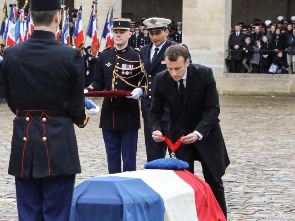 Macron ernannte Beltrame posthum zum Kommandeur der Ehrenlegion