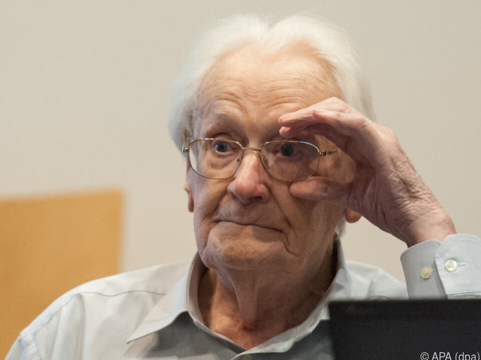 Oskar Gröning im Gerichtssaal in Lüneburg im Jahr 2015