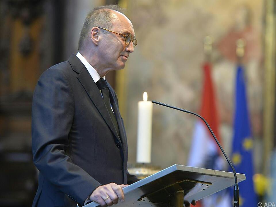 Othmar Karas nimmt europäische Position ein
