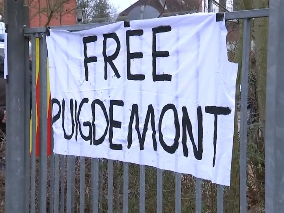 Puigdemont bleibt in Haft