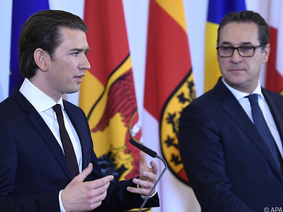 Regierung spart besonders bei Nicht-Österreichern