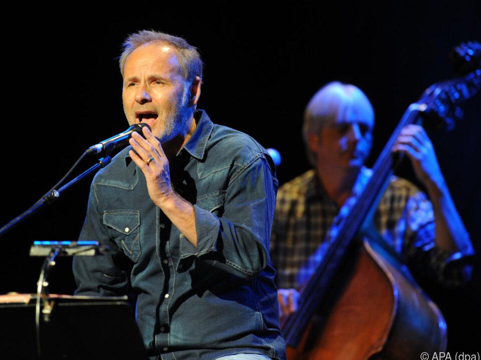 Reinhold Beckmann tourt nun als Musiker durch Deutschland