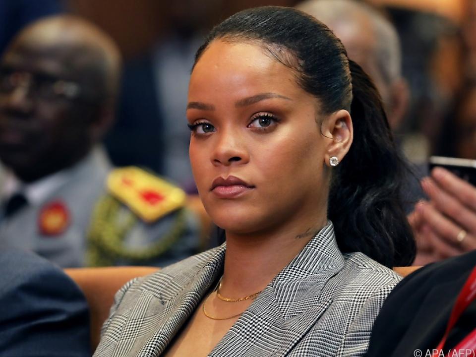 Rihanna ist sauer auf Snapchat