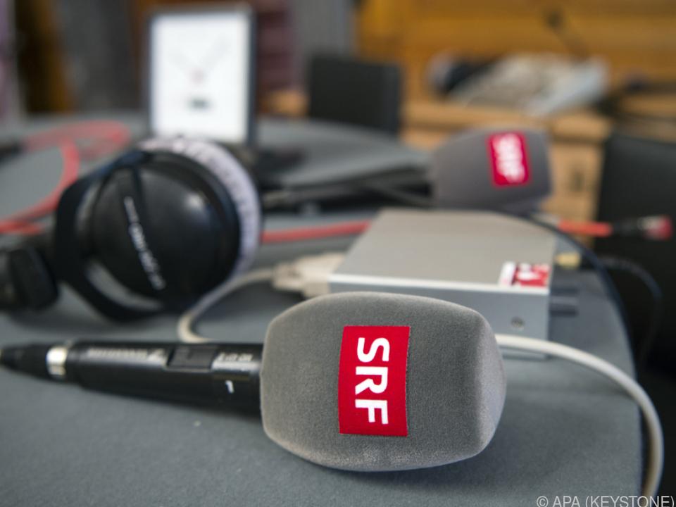 Schweizer wollen weiter für öffentlichen Rundfunk zahlen
