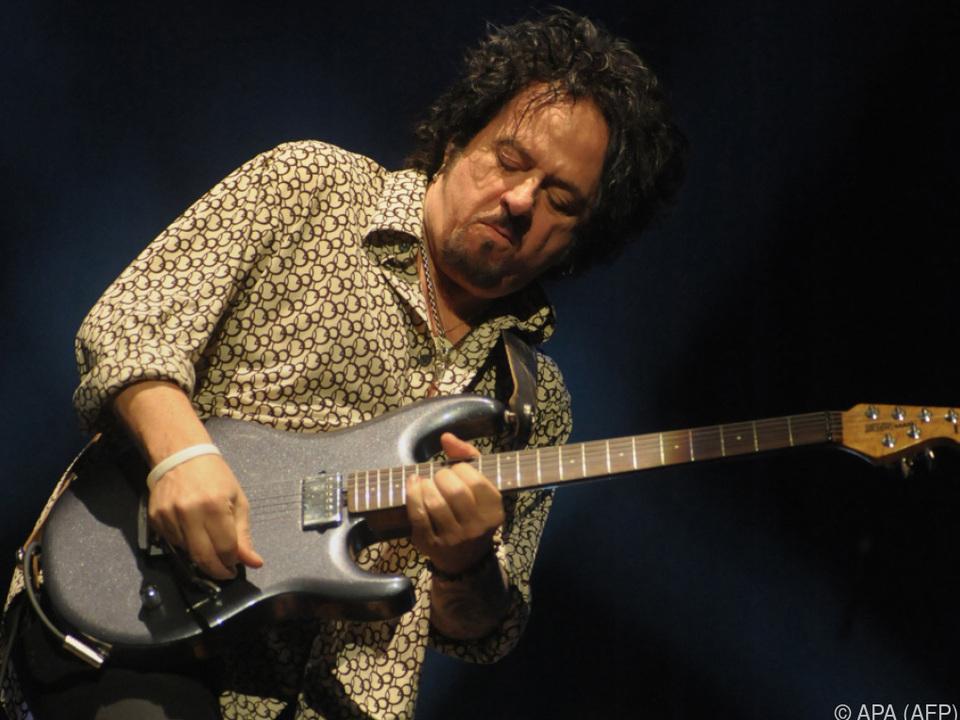 Steve Lukather bei der Arbeit