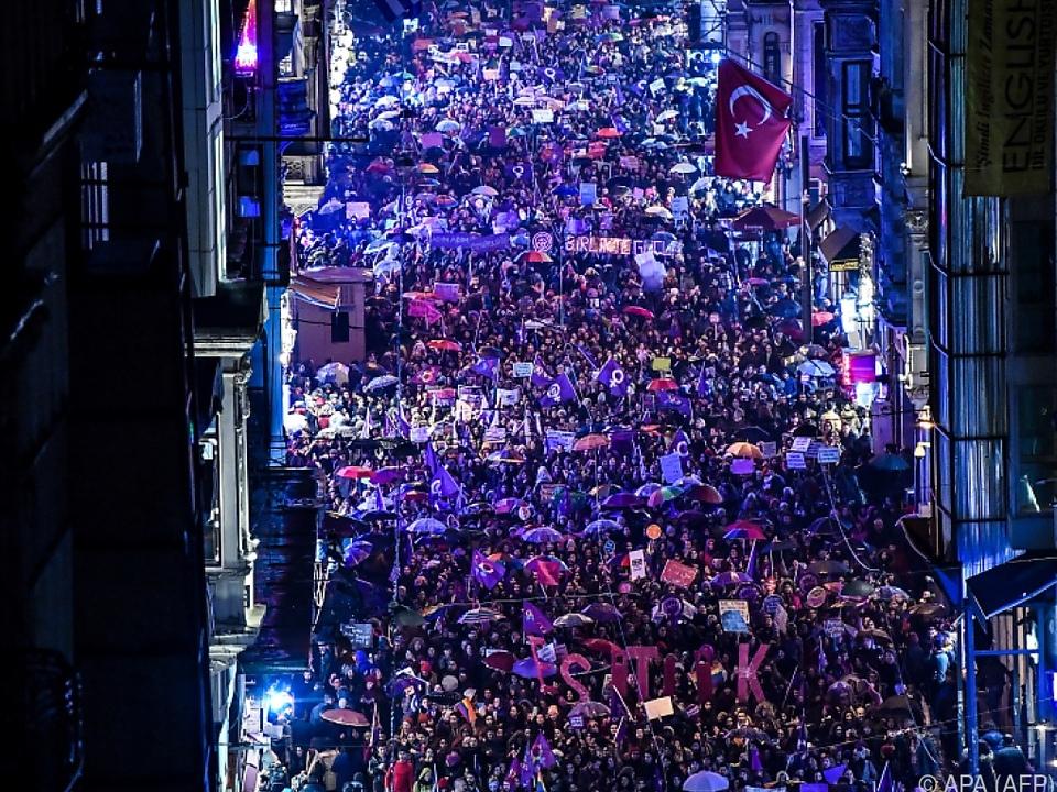 Tausende Frauen gingen auf die Straße