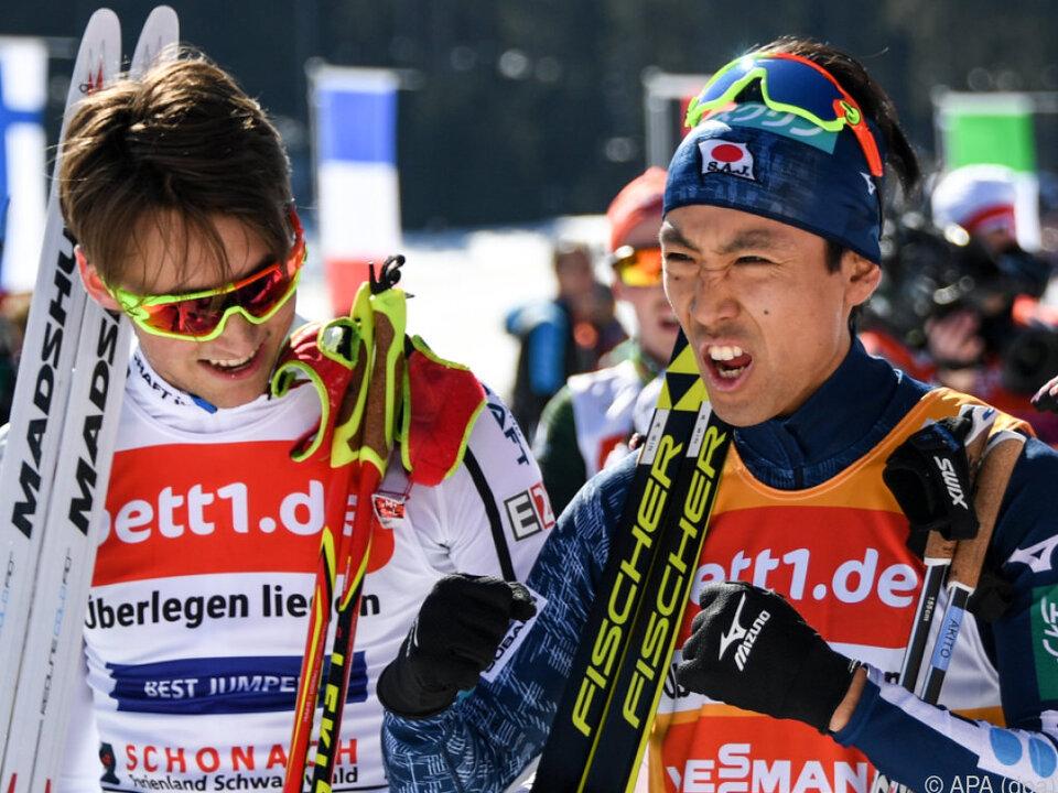 Watabe (r.) und Riber auf den ersten Plätzen