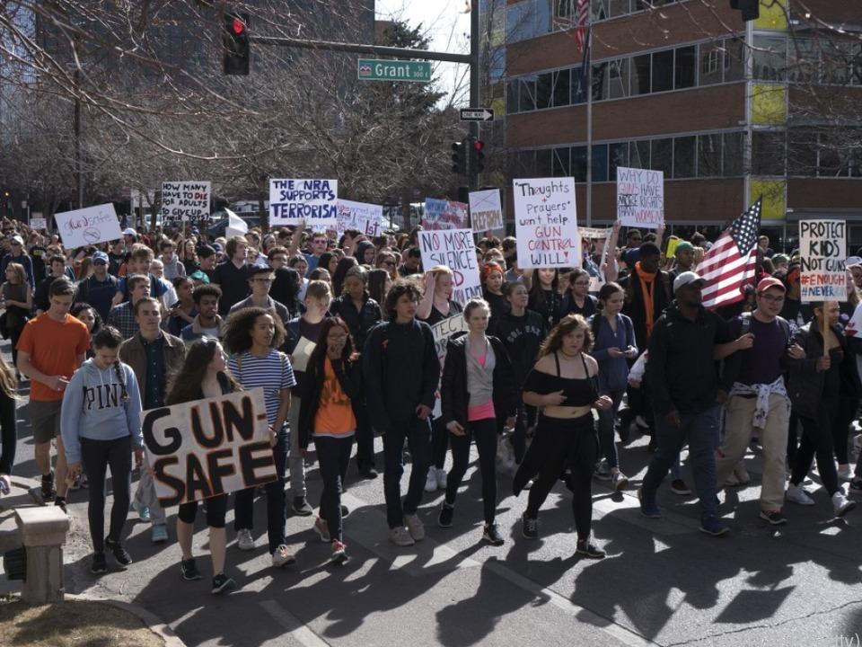 Weiterer Protest nach der Schießerei in in Parkland