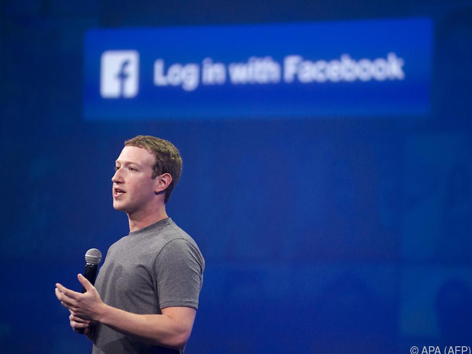 Zuckerberg meldete sich erst vier Tage nach Bekanntwerden des Skandals