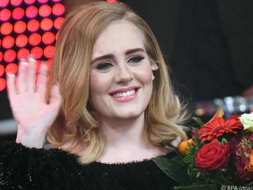 Adele ließ sich zur Priesterin weihen