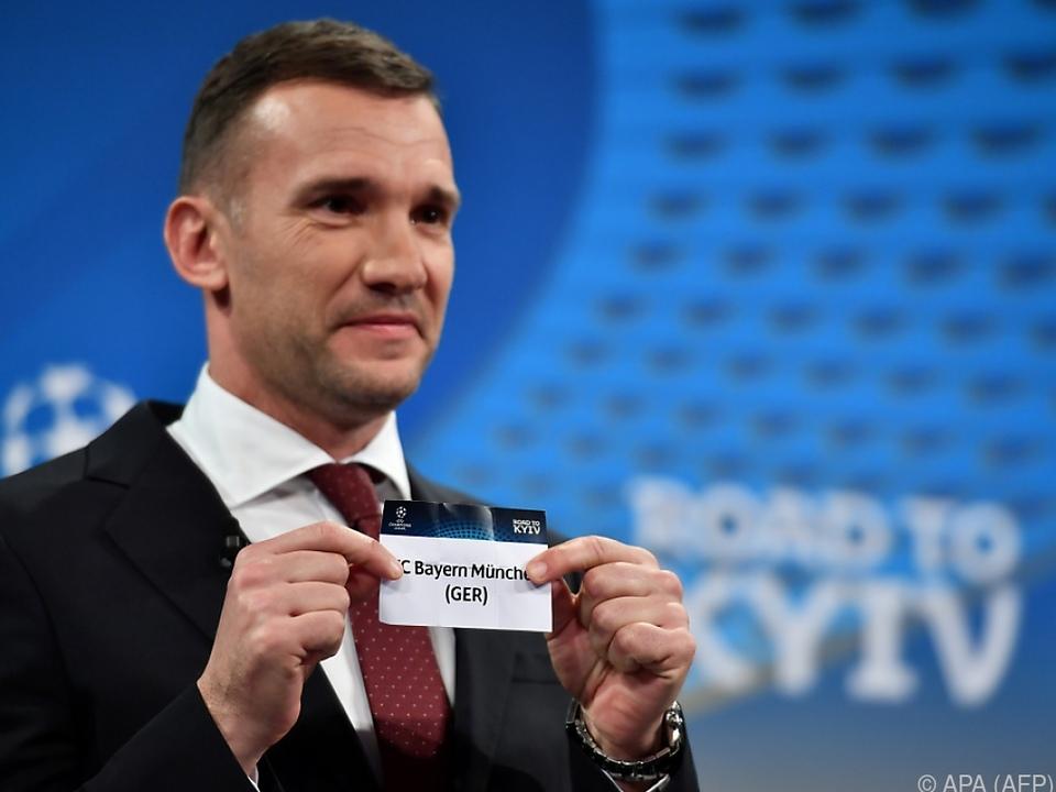 Andrej Schewtschenko nahm die auslosung vor