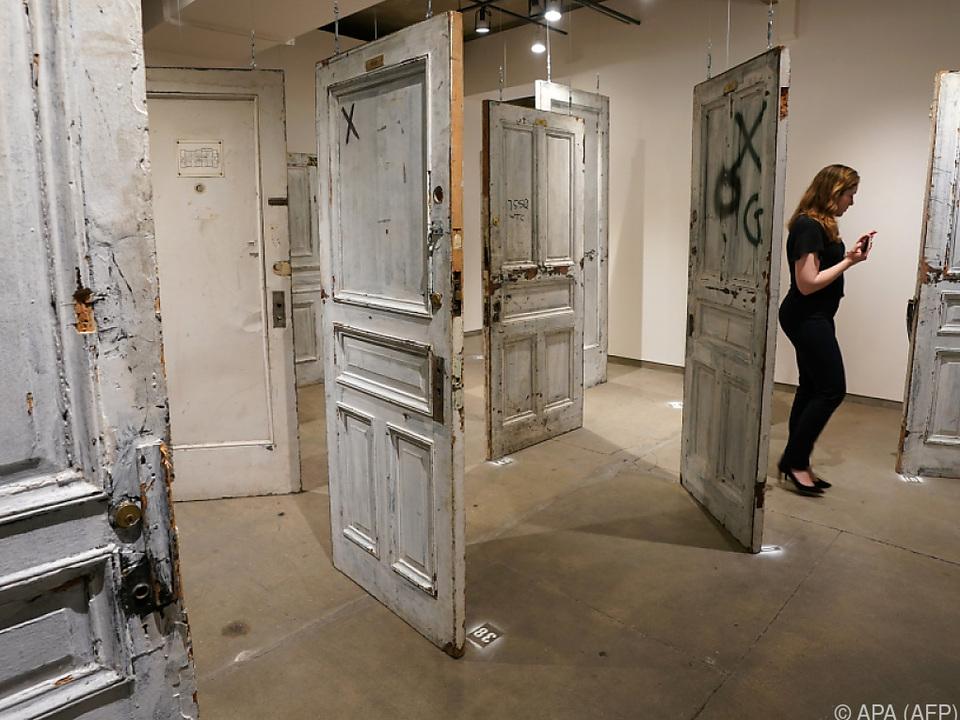 Ausstellung der Türen in einer New Yorker Gallerie