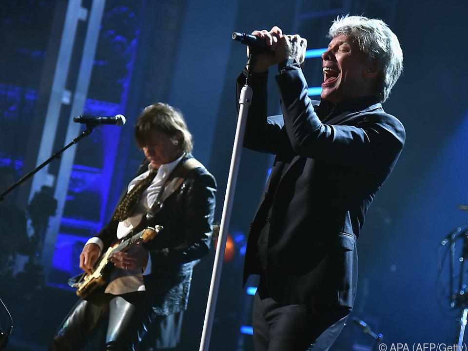 Bon Jovi traten anlässlich ihrer Ehrung in Cleveland auf