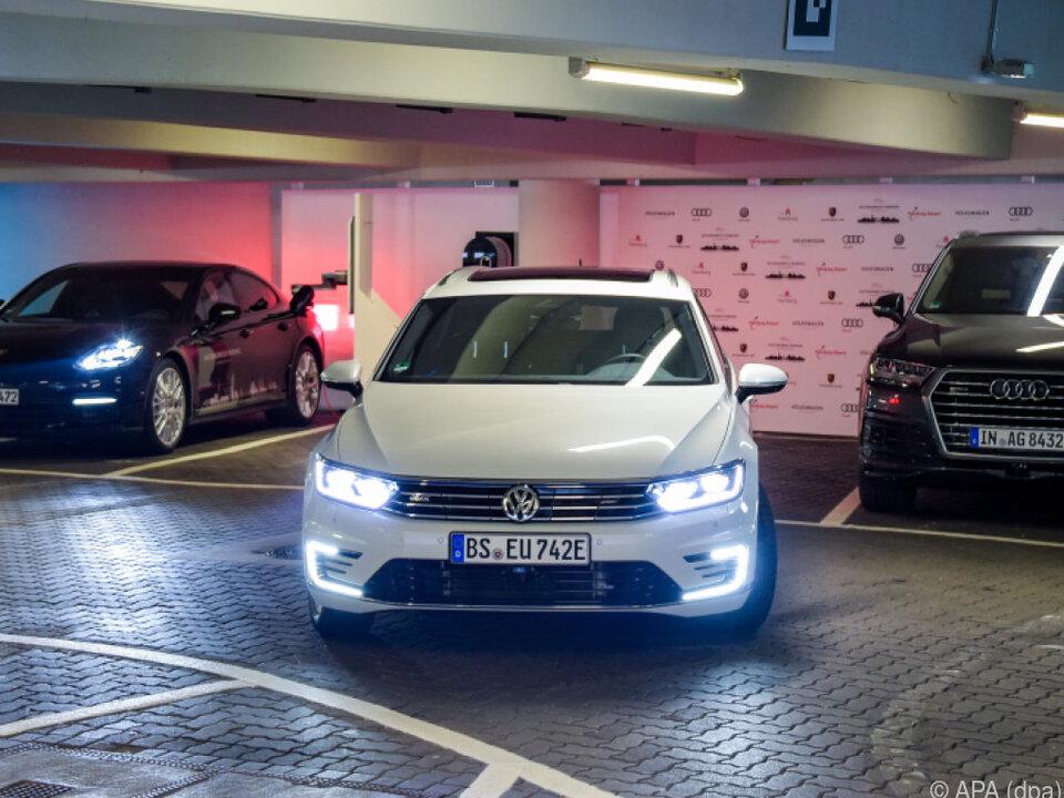 Branchenkenner rechnet mit Ausbreitung des E-Autos