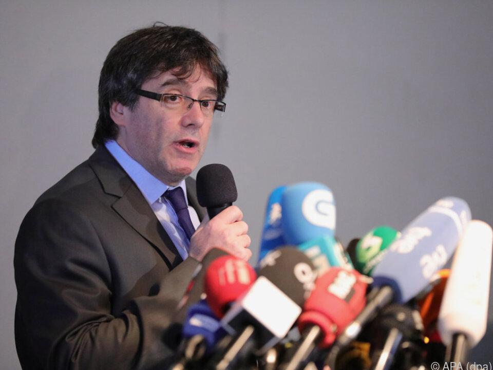 Carles Puigdemont gab Pressekonferenz in Berlin