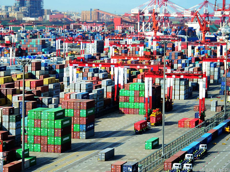 Containerhafen in Tsingtao