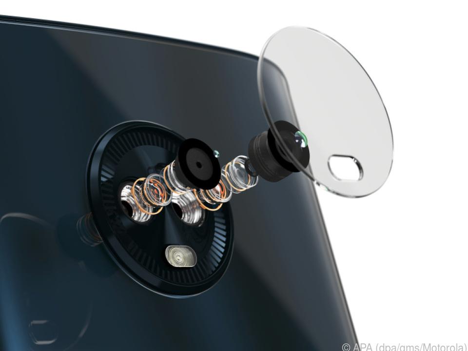 Das Moto G6 hat eine Doppelkamera mit 12 und 5 Megapixel