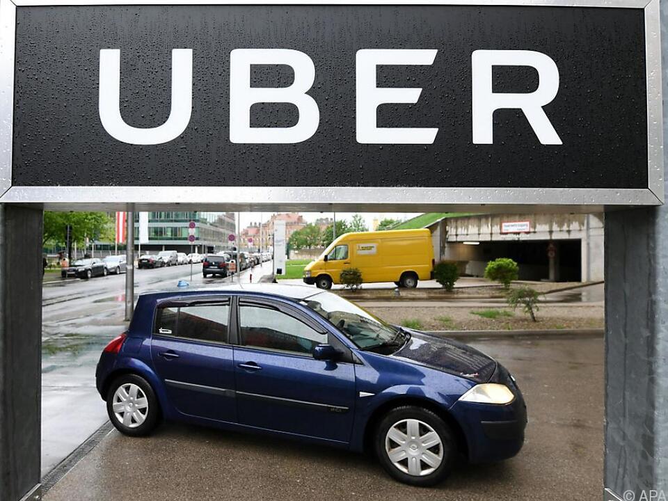 Der Fahrdienstvermittler Uber will die Zwangspause beenden