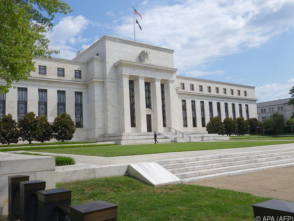 Die Federal Reserve nimmt Maßnahmen aus Zeiten der Krise zurück