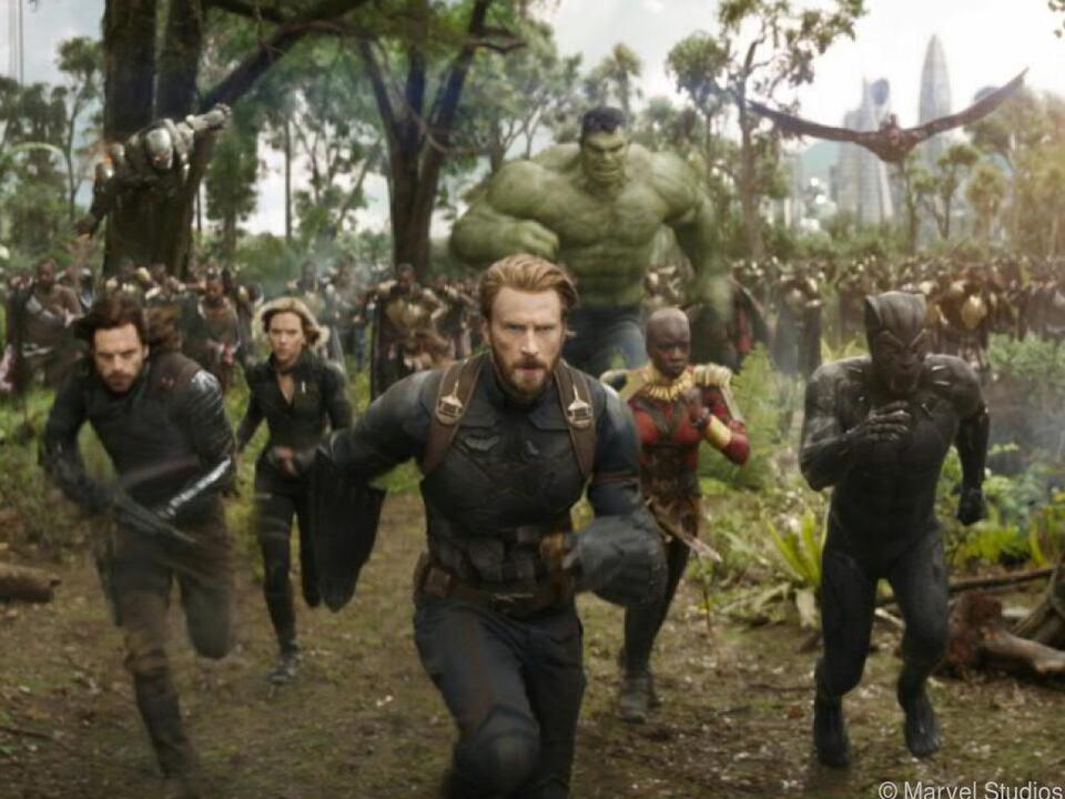 Die größte Ansammlung an Marvels Superhelden gegen Bösewicht Thanos
