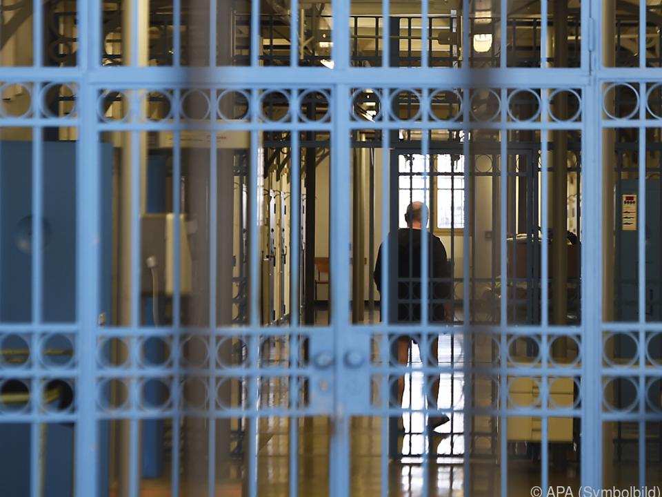 Die Haftstrafen betragen zwischen drei und vier Jahren