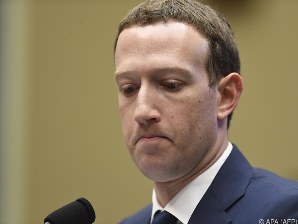 Facebook-Chef Mark Zuckerbeg soll vorgeladen werden