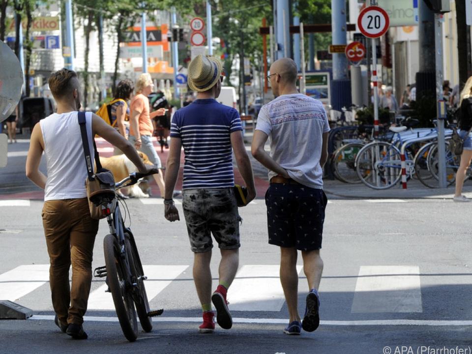 In Wien überholten die Fußgänger die Autofahrer
