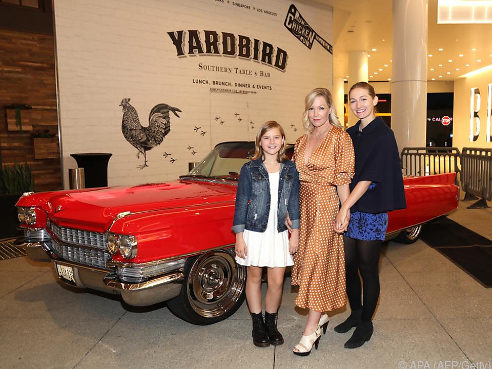Jennie Garth mit zwei ihrer Töchter