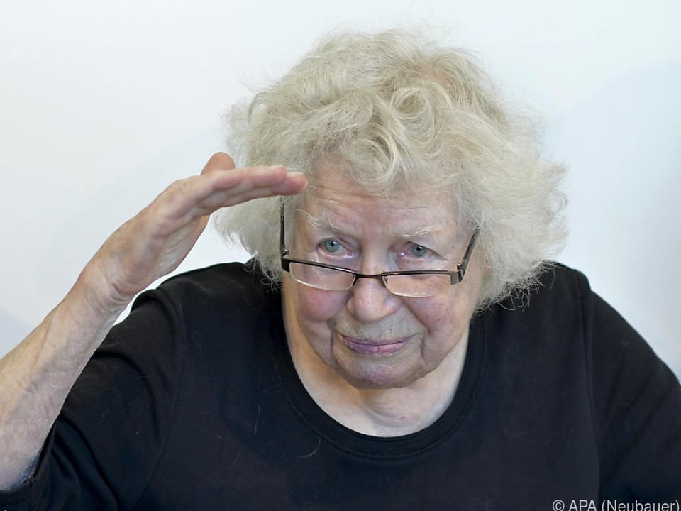 Komponisten-Witwe Lotte Ingrisch ist glücklich