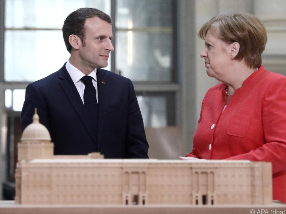 Macron und Merkel suchen gemeinsamen Weg