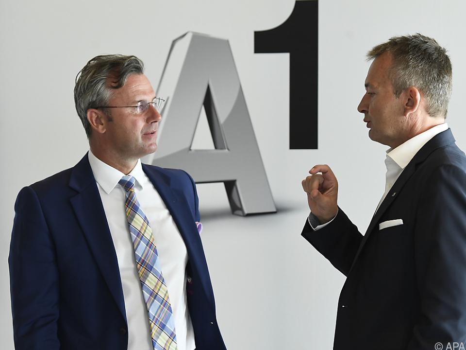 Minister Hofer mit A1-Chef Grausam