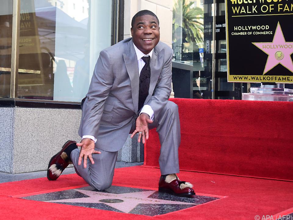 Morgan kniete auf seinem Hollywood-Stern