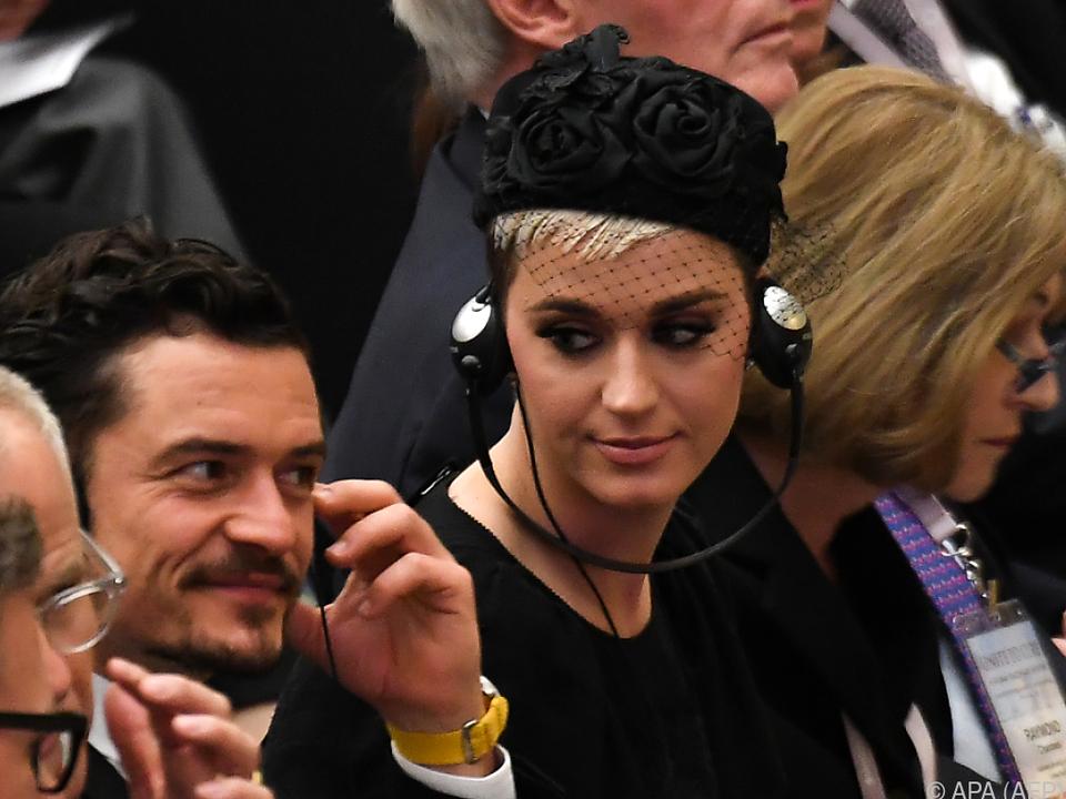 Perry und Bloom auf Besuch im Vatikan