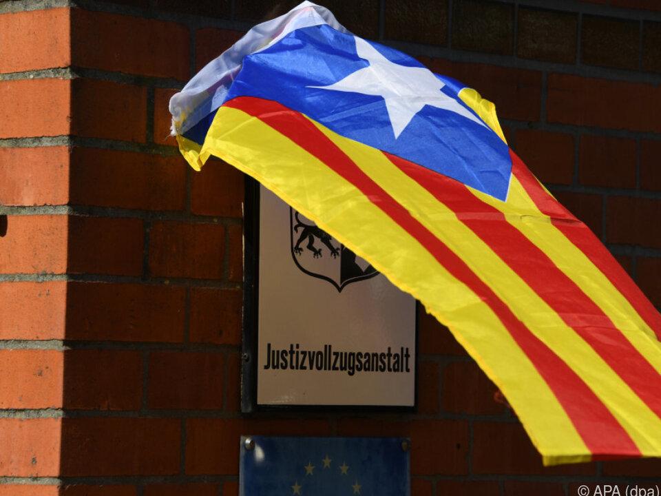 Puigdemont darf das Gefängnis in Neumünster verlassen