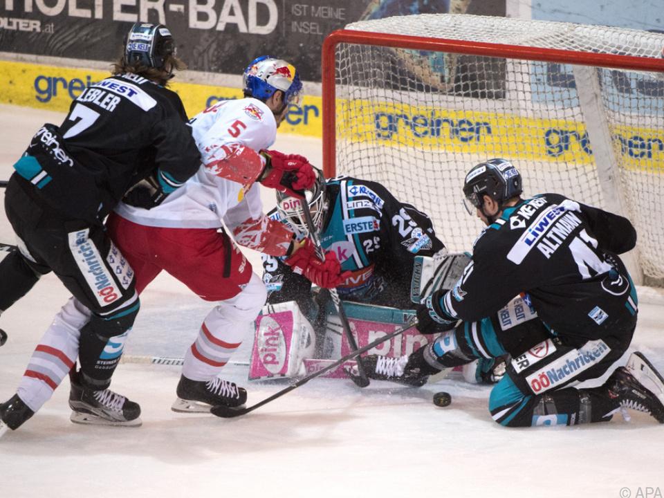 Salzburg siegte in Linz mit 4:2