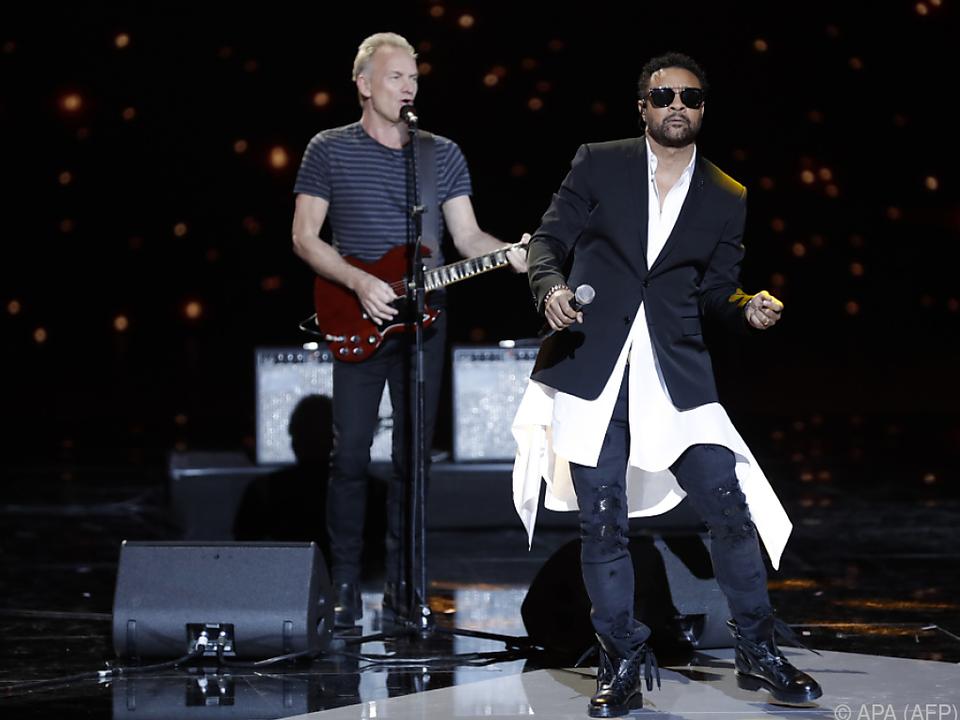 Sting und Shaggy gehen mit \