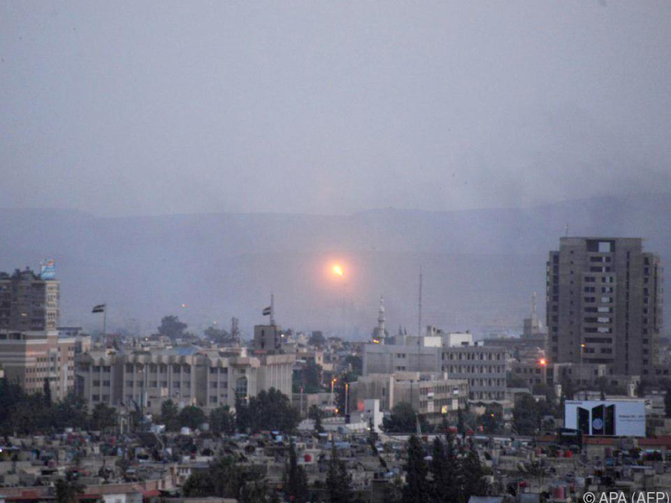 Syrische Armee startet neue Angriffe