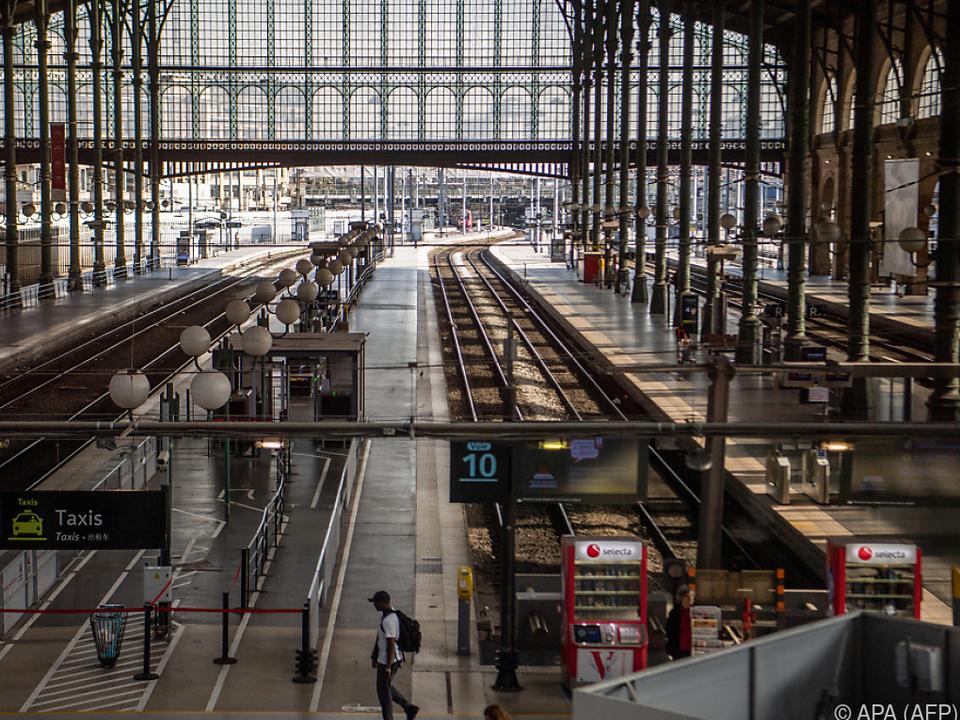 Viele Bahnhöfe blieben am Dienstag leer