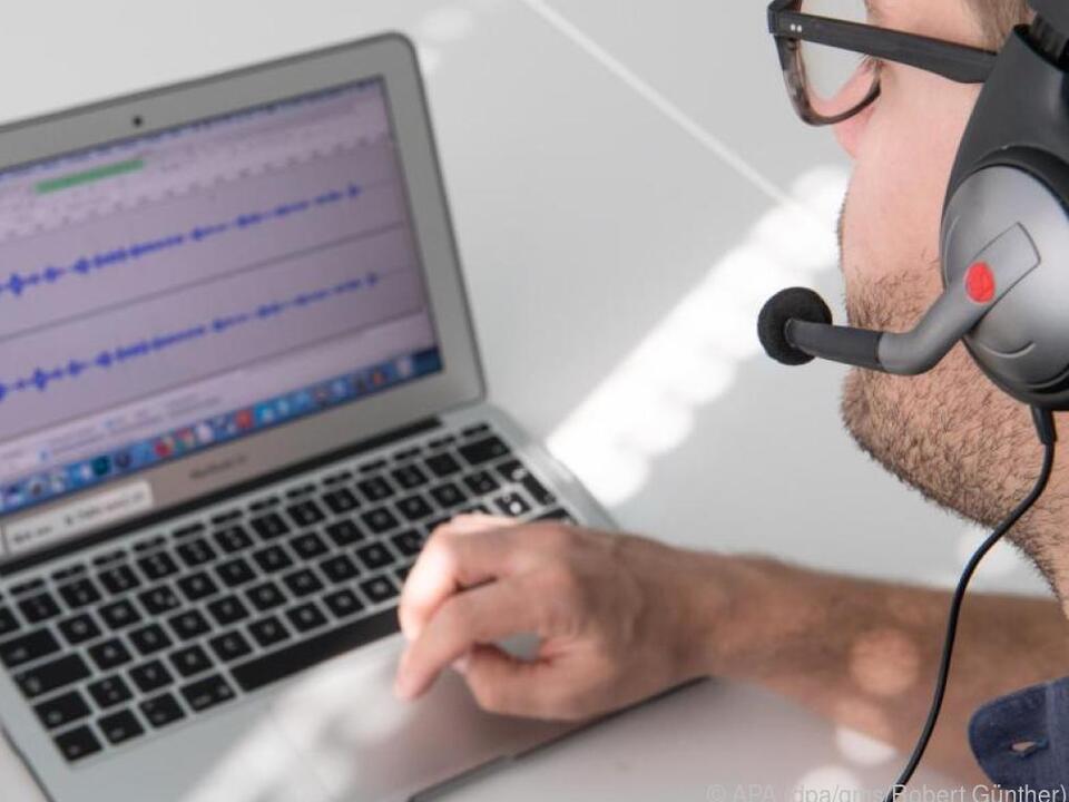 Auch mit Headsets lassen sich Podcasts gut einsprechen