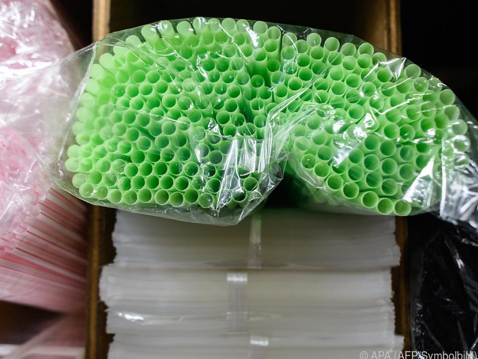 Auch Strohhalme aus Plastik sind betroffen