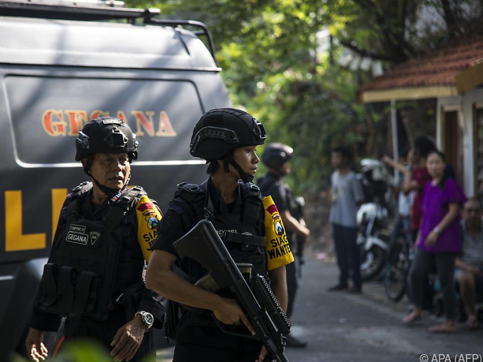 Behörden vermuten islamistischen Hintergrund der Anschläge