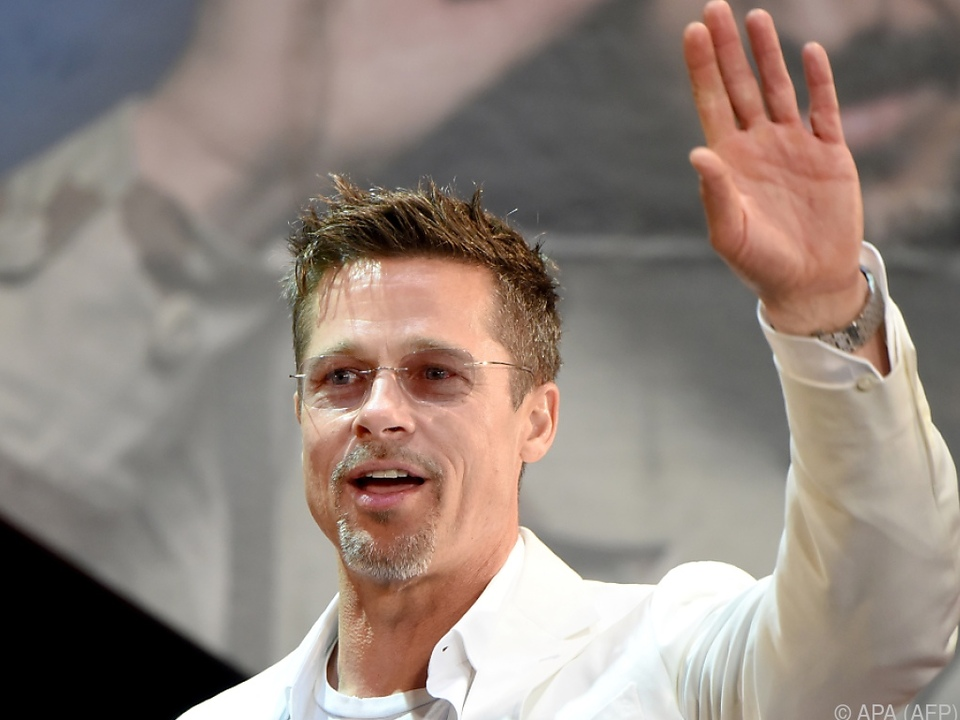 Brad Pitt macht wieder den Wetterfrosch