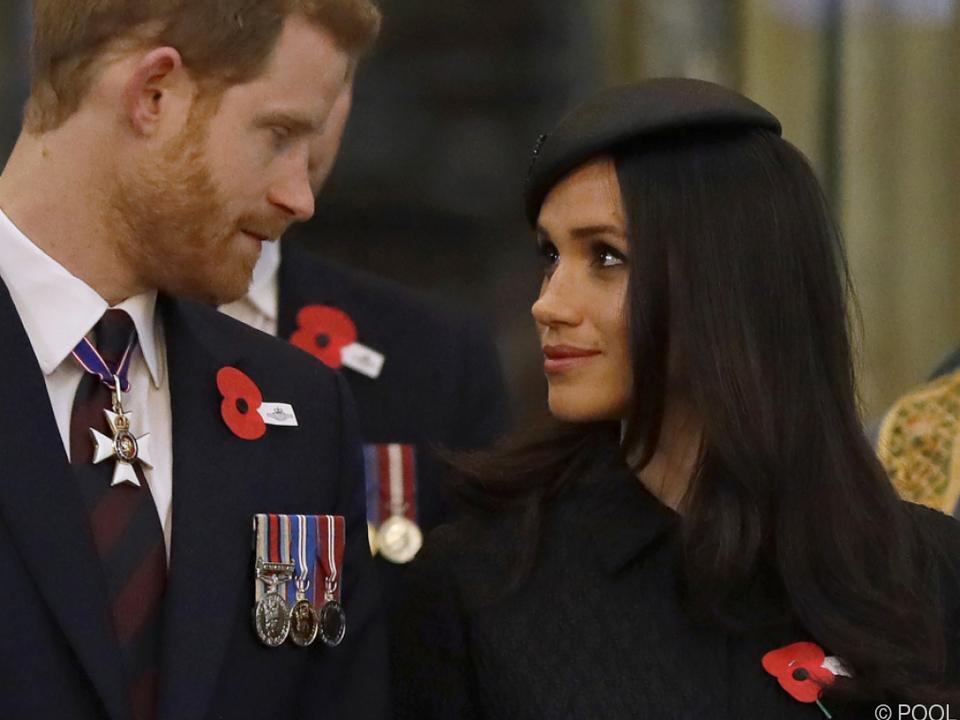 Briten nützen Hochzeit von Harry und Meghan zum Wetten
