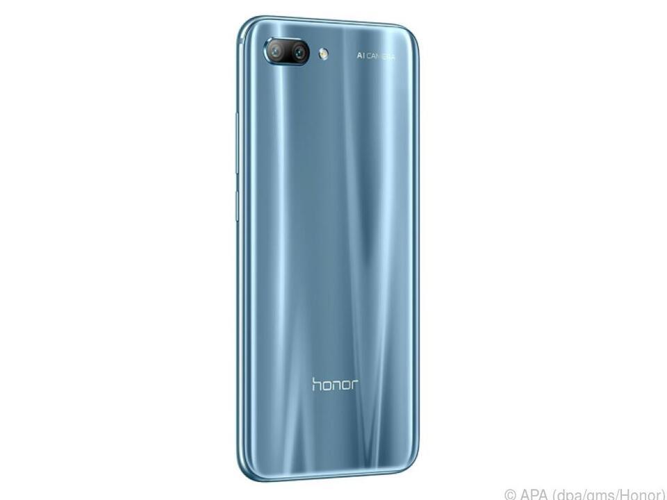 Graublau gehört neben klassischem Schwarz zu den Farbvarianten des Honor 10